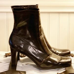 FRANCO SARTO -Dark Brown Bootie. Size 7M
